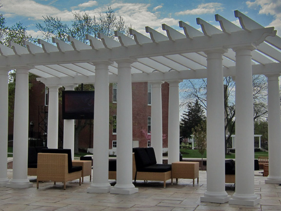 Choosing the diameter of a column is critical to the look of the pergola